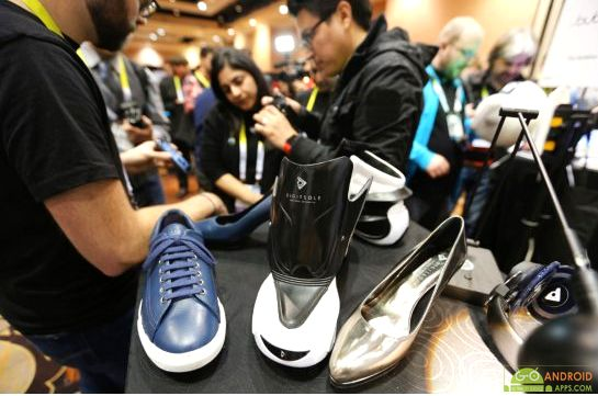 Heated shoes controlled by smart phone