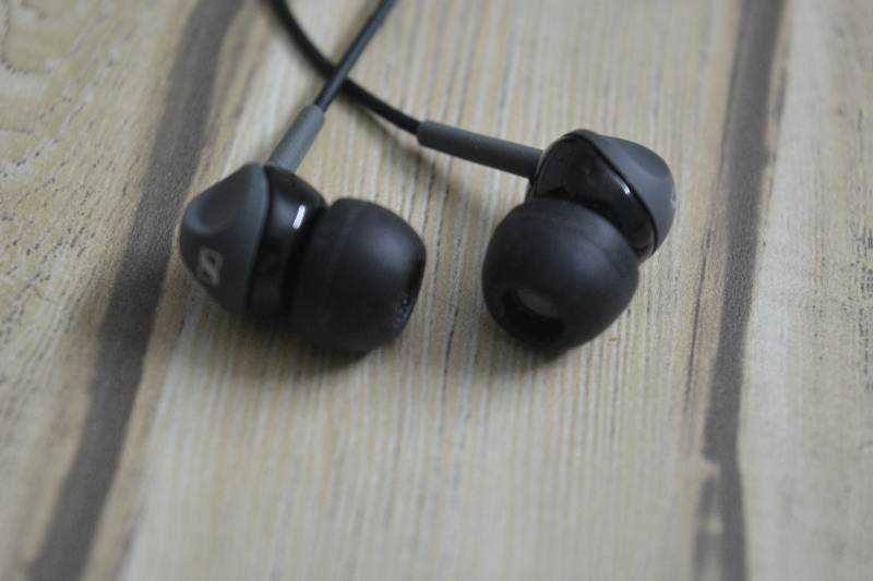 Sennheiser CX 180 Street II In-Ear Headphone Design