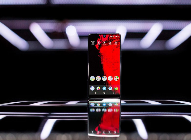 The Essential Phone Will Skip Android 8.0 and Go Right to 8.1